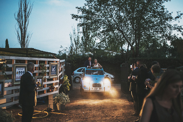 Fotos de boda con Citroen 2 caballos